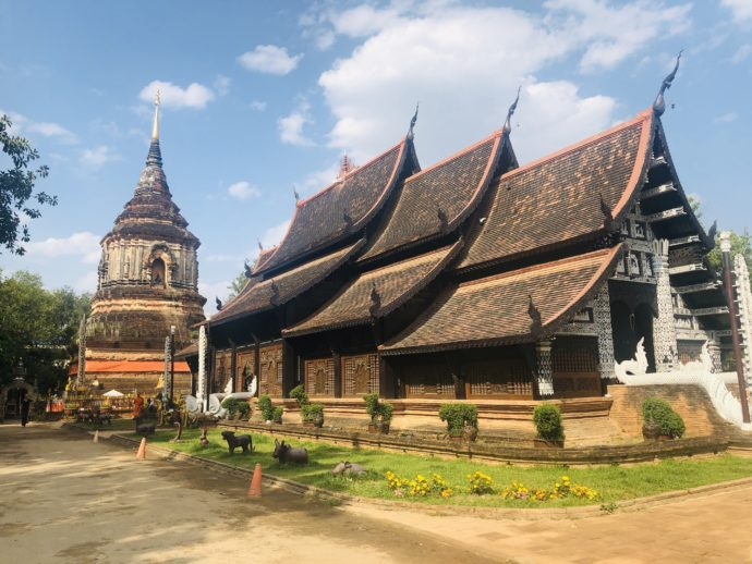 ワット・モークローリー寺院