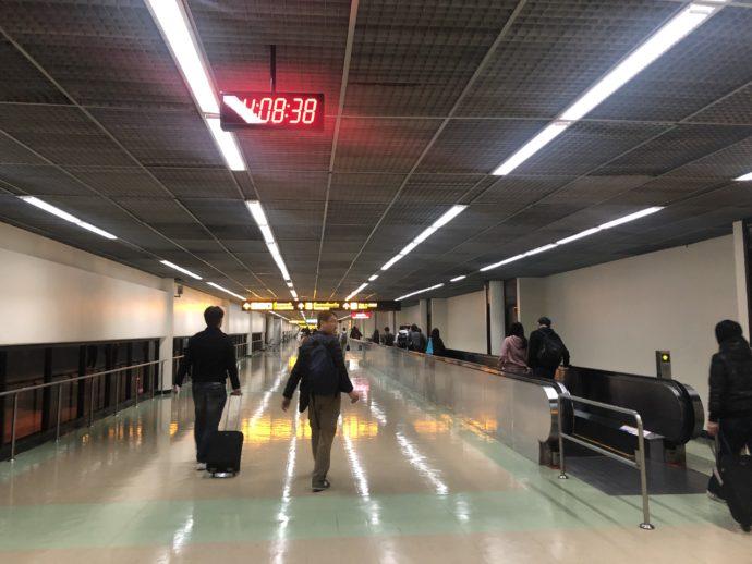 早朝のドンムアン国際空港