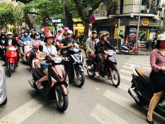 ベトナム名物バイク