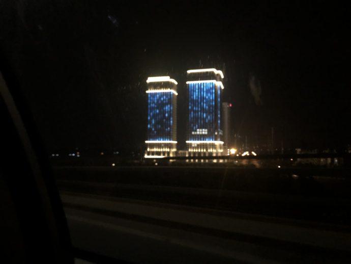 車窓から見たハノイの街
