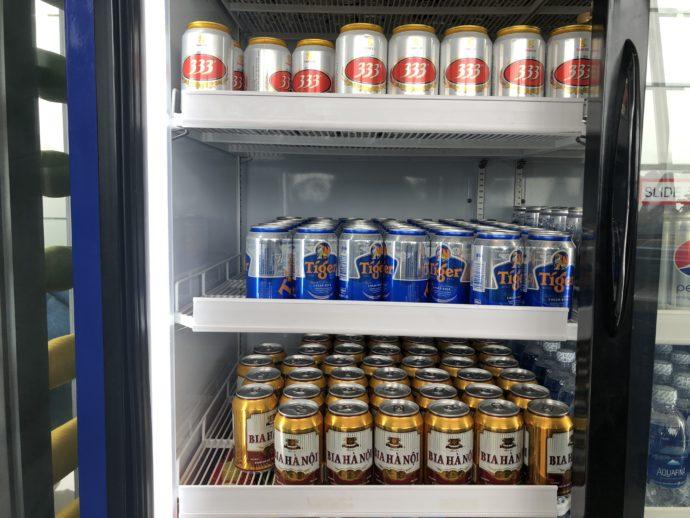 冷蔵庫に冷えたベトナムビール