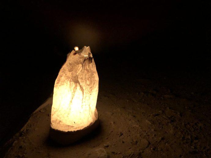 幻想的なロウソクの光