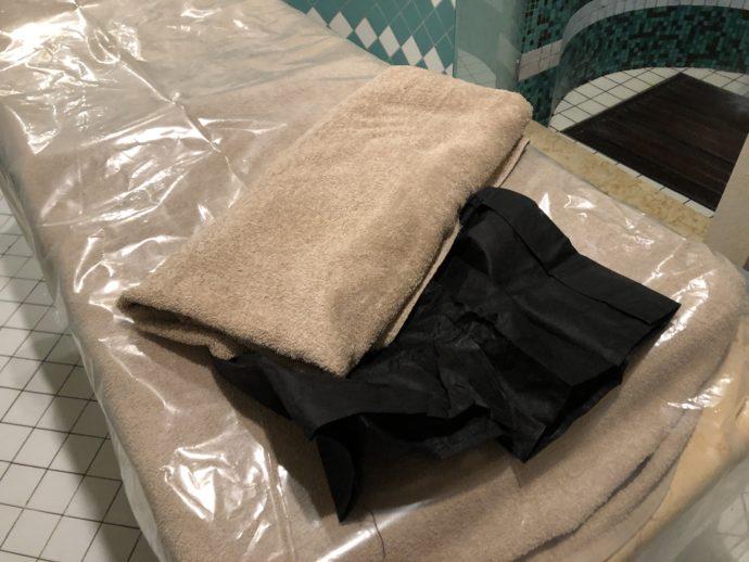 着替えと紙パンツ