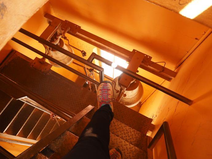 ラテン修道院のベルタワー階段
