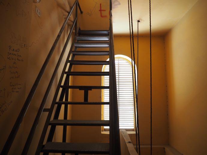 ベルタワーの階段