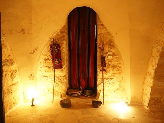 ラテン修道院の地下