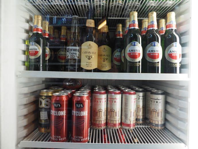 冷蔵庫にいっぱいのビール