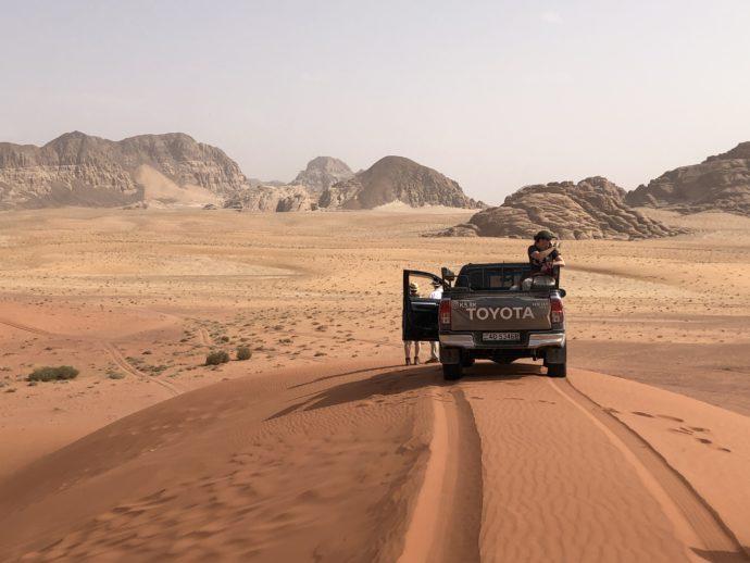 ワディラムの赤い砂漠