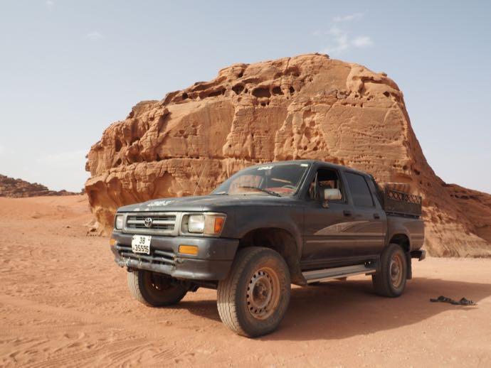 4WDと奇岩