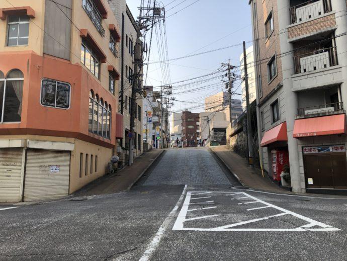 長崎市内の坂道