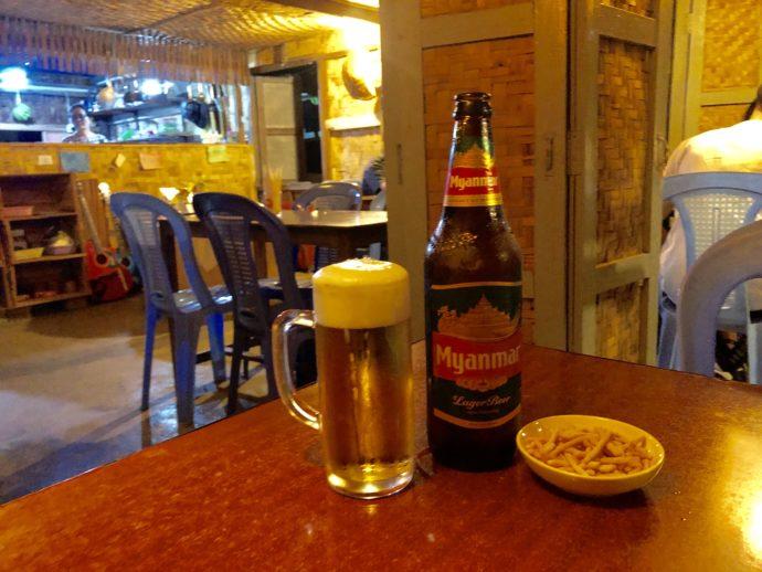 ミャンマーラガーの瓶ビール