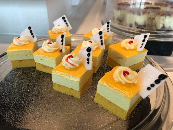 マンゴームースケーキ