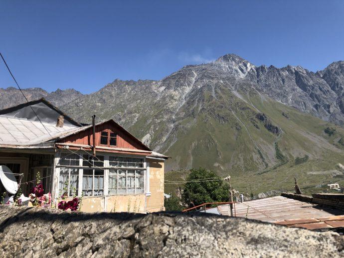 カズベキ村の集落