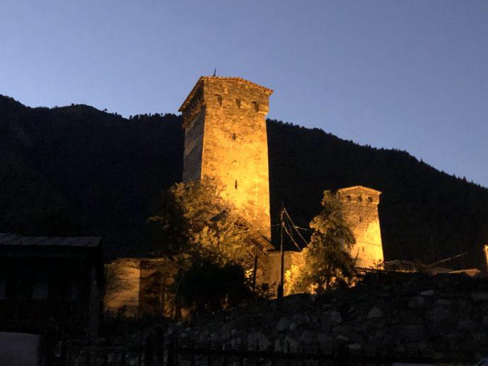 夜の復讐の塔