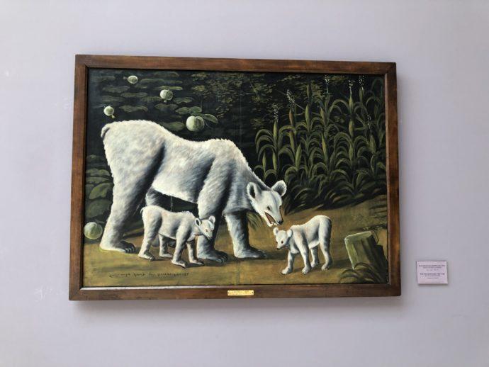 ニコ・ピロスマニのしろくま親子の絵画
