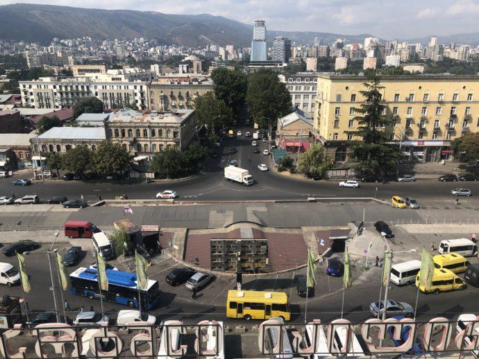 ホテルから眺めるエレヴァン市街