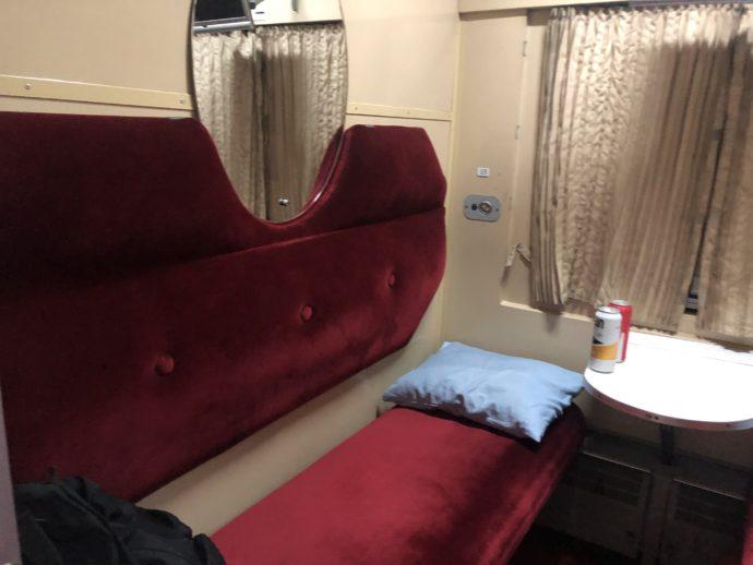 寝台列車の椅子