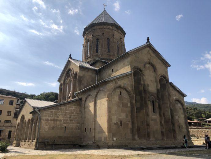 サムタヴロ教会の外観