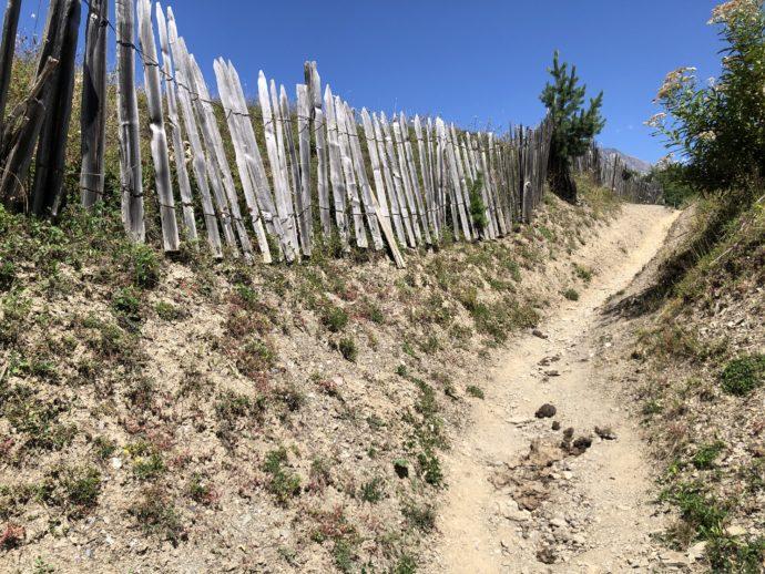 十字架峠までの道