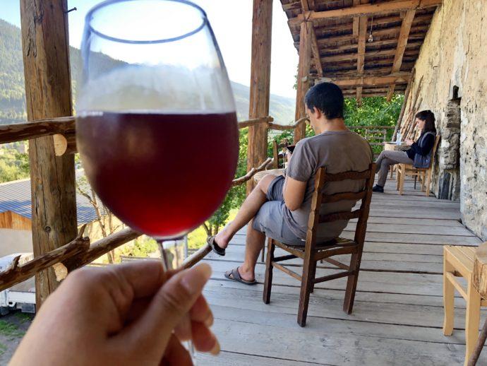 キンキンに冷えたジョージアのワイン