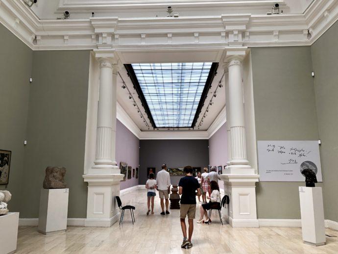 ピロスマニの展示室