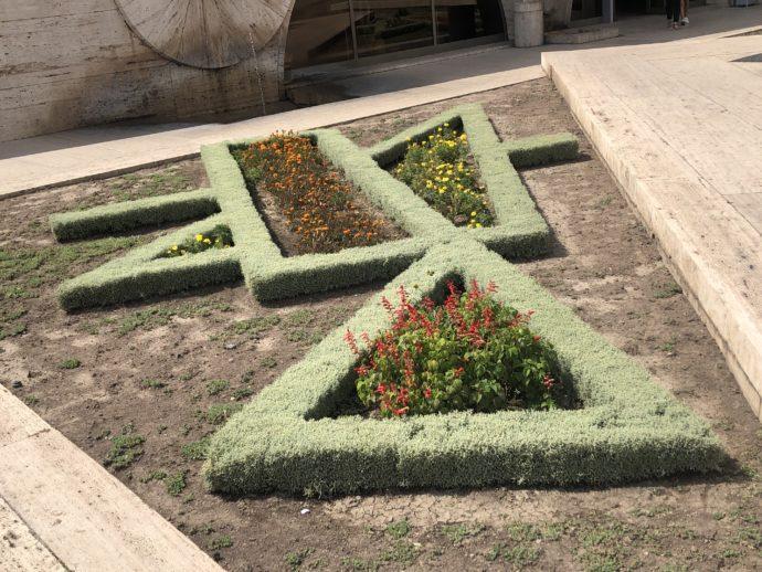 幾何学的な庭園