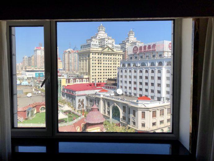 ホテルの窓から見えるハルビン市内