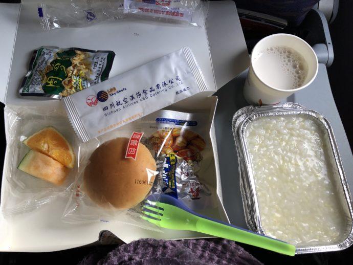 四川航空の機内食