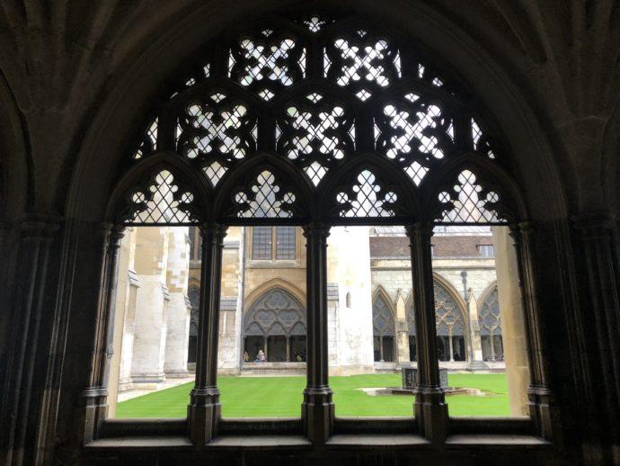 ウェストミンスター寺院のステンドグラス