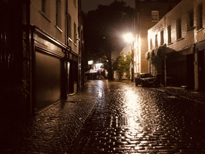 雨のロンドン