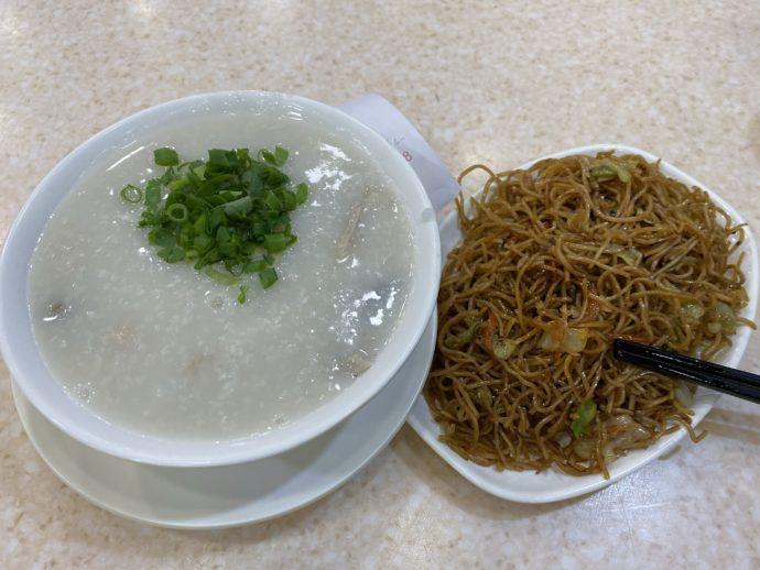 皮蛋痩肉粥+炒麺