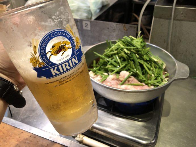 楽天地のもつ鍋と生ビール