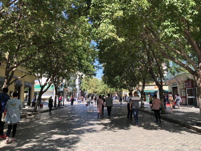 歩行者天国の中央大街