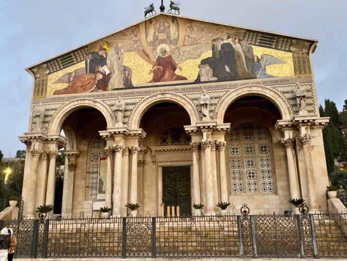 万国民の教会