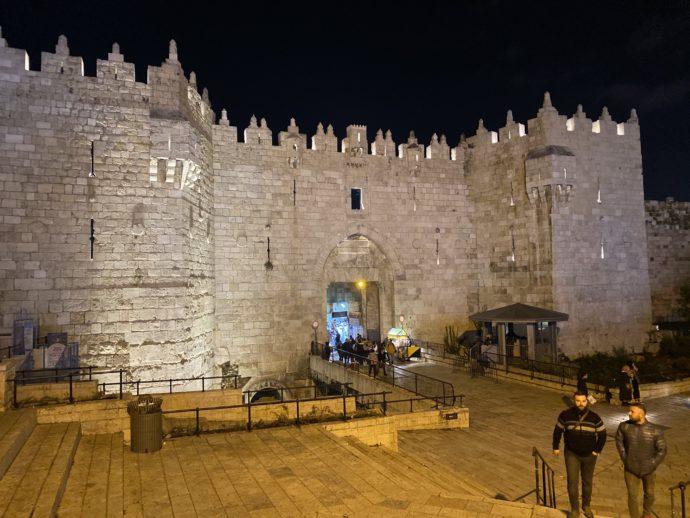 夜のダマスクス門