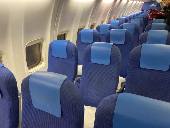 KLMオランダ航空の狭い座席