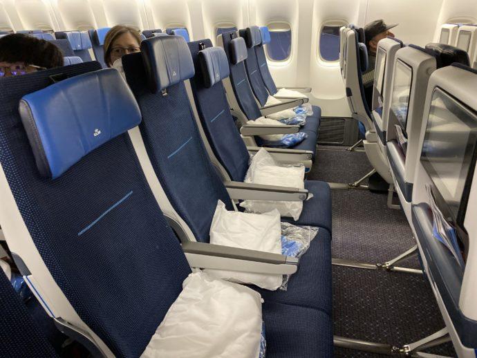 KLMオランダ航空の機内の様子