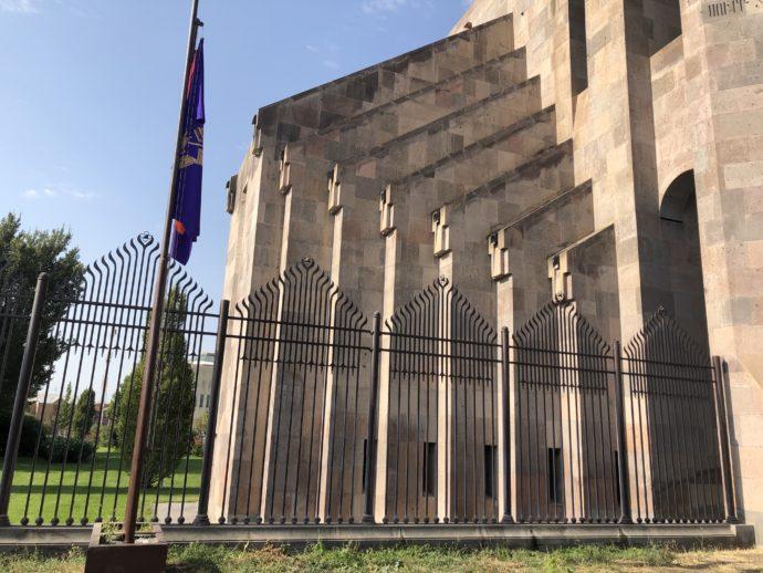 エチミアジン修道院のデザイン
