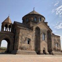 リプシメ教会の外観