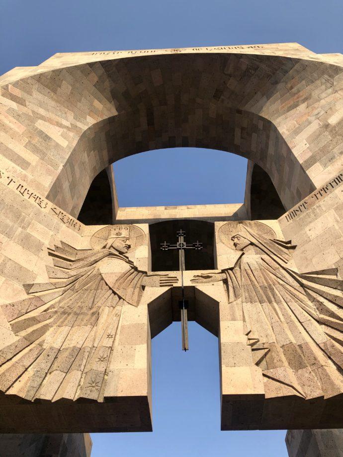 エチミアジン修道院のエントランス