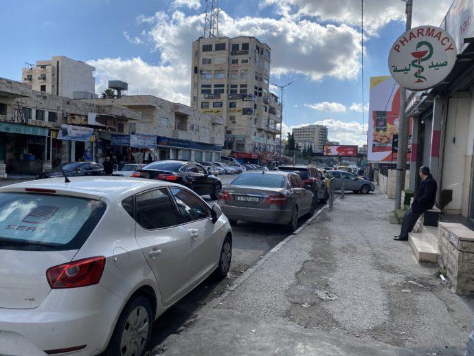 エルサレム・ヘブロン通りにあるベツレヘムのバス停