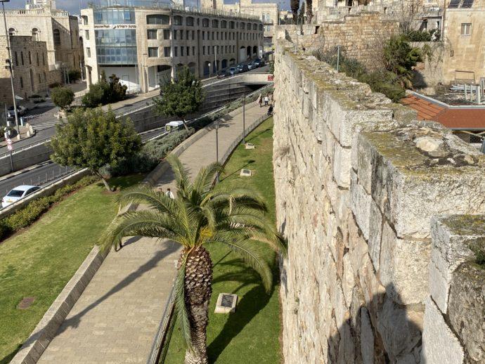 ヤッフォ門付近の城外の様子