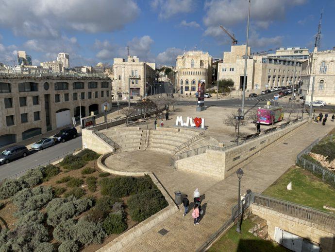 ヤッフォ門付近の整備された美しい広場