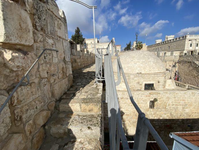 イスラエル地区にさしかかったあたりの城壁めぐり
