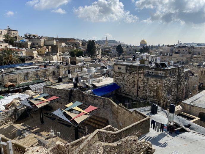 ダマスカス門から眺めるイスラエル旧市街の絶景