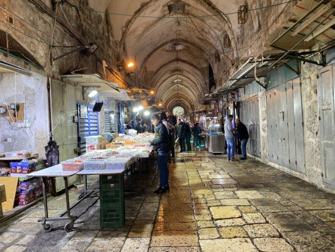 エルサレム旧市街のイスラム地区のスーク