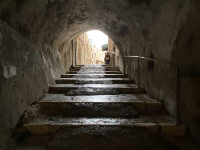 イスラム地区のトンネル道