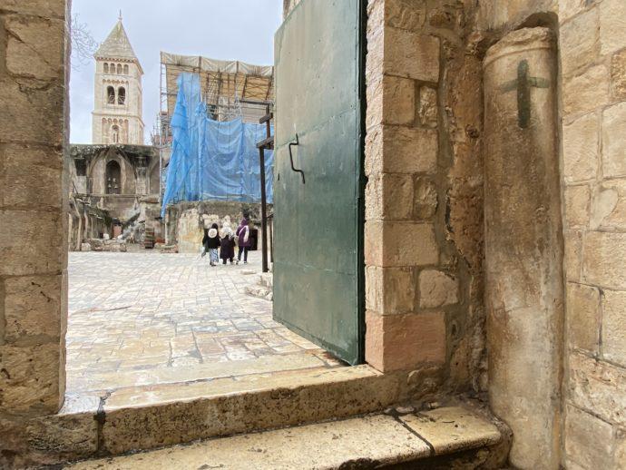 第9留聖墳墓コプト教会の入り口