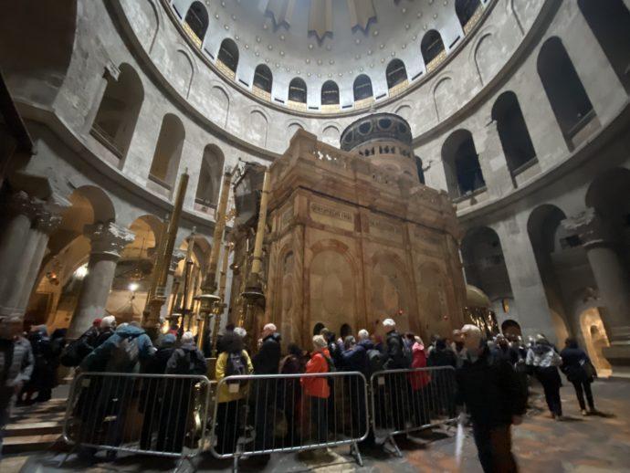 イエスの墓の大行列