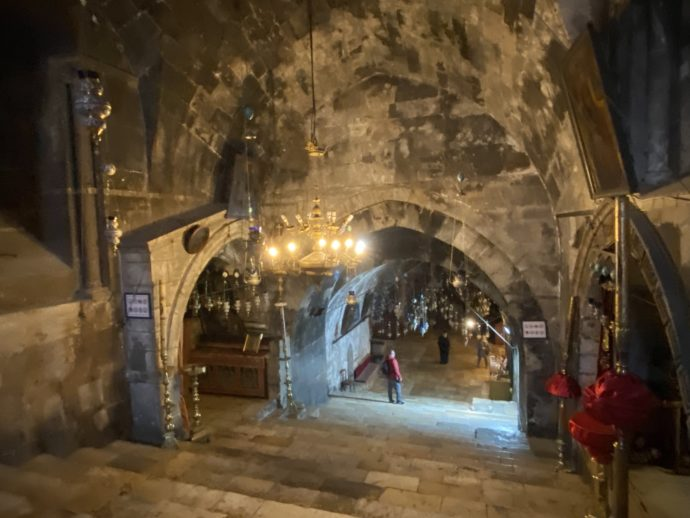 マリアの墓の教会の地下